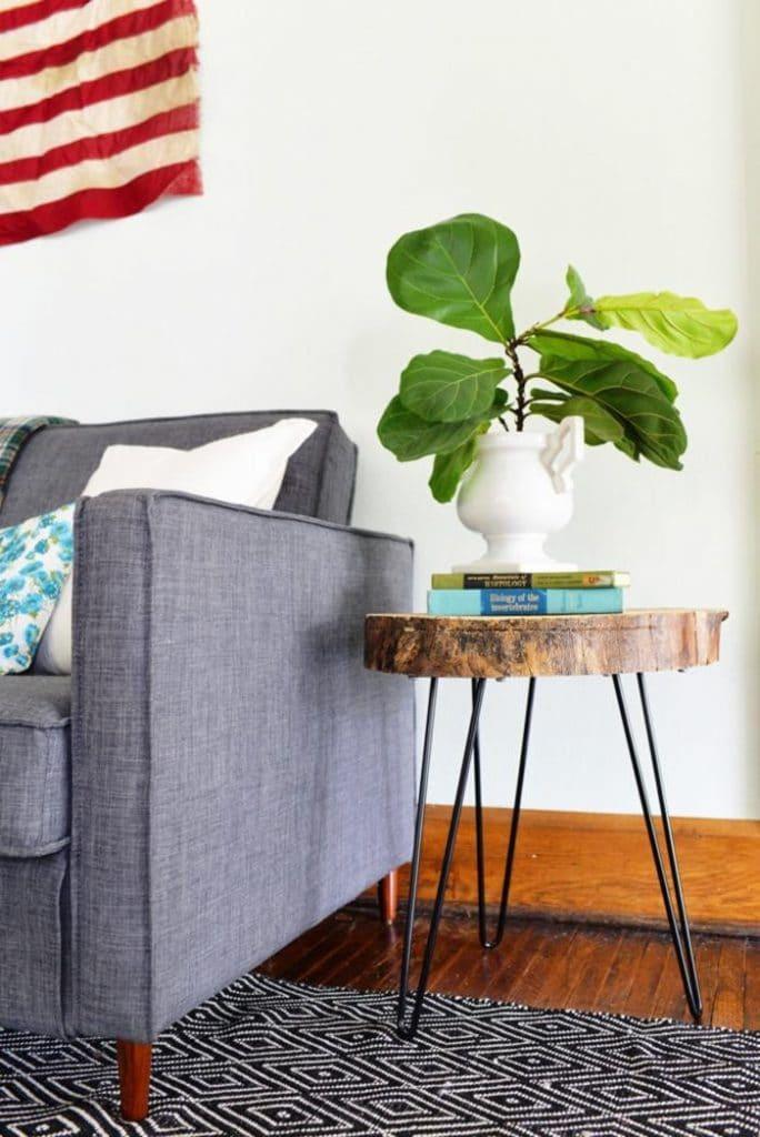Fabriquer une table basse en bois avec des hairpin legs